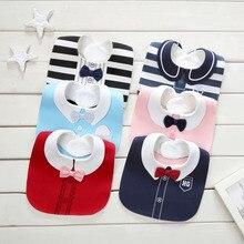 משלוח חינם Baby Girl Boy Waterproof Bibs ג 'נטלמן נסיכה בסגנון ילדים פעוטות האכלה התינוק סינר ברפ בגדים התינוק בנדנות