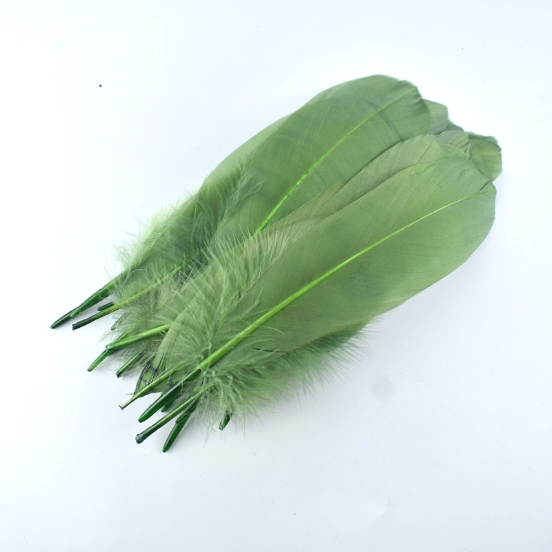 15 20cm high quality whitel Goose Feather for DIY Colorful Feather Decoration wedding feathers for crafts Accessories Plumes in Feather from Home Garden