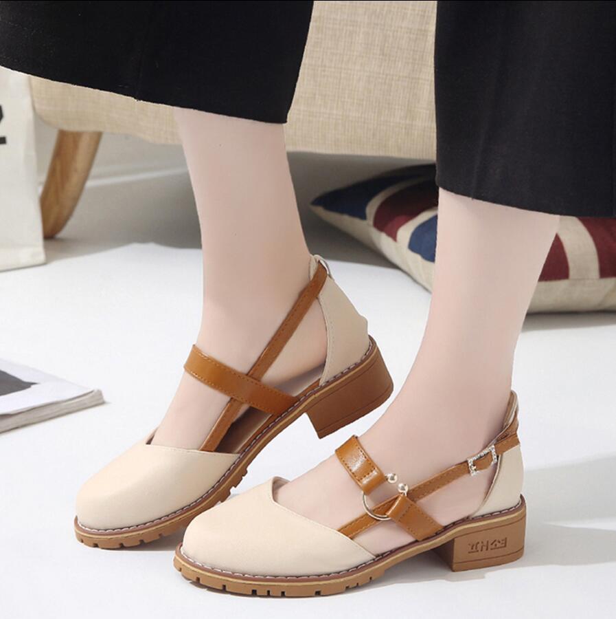 Günstige Kaufen Neue Frauen Sandalen Runde Kopf Niedrigen