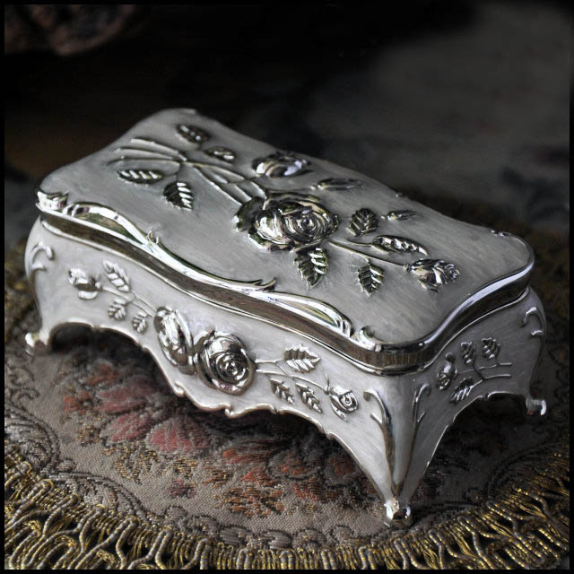 Size S Vintage Jewellery Case Box White Enamel Silver Color Zinc Alloy  Metal Trinket Box Flower Carved Gift Storage Box In Jewelry Packaging U0026  Display From ...