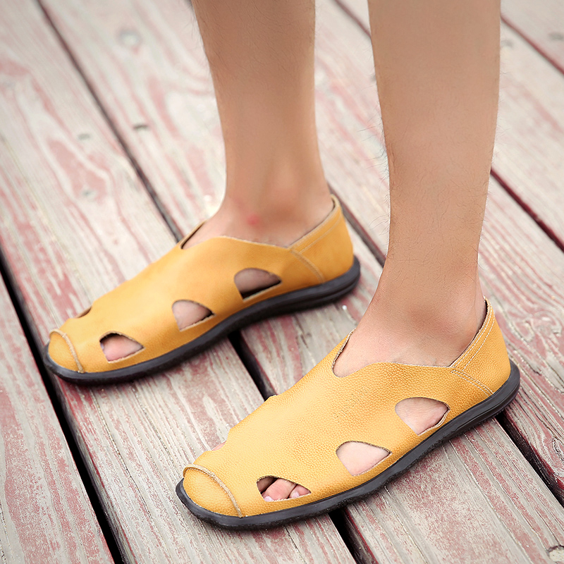 Summer Men Sandals Leather Handmade Outdoor Male Leisure Fisherman Walking Shoes Slip on Man Beach Fashion Sandals