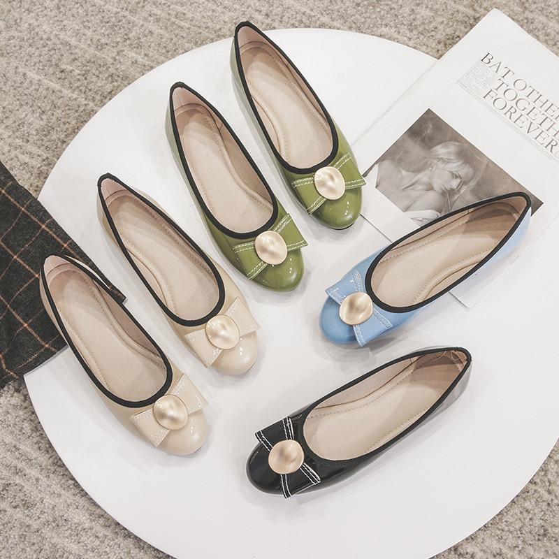 Buty kobieta mieszkania 2019 nowy łuk okrągłe Toe biuro sukienka panie buty stado sandały kobiet miękkie słodkie płaskie obcasy jaj rolki buty dzikie w Damskie buty typu flats od Buty na  Grupa 1