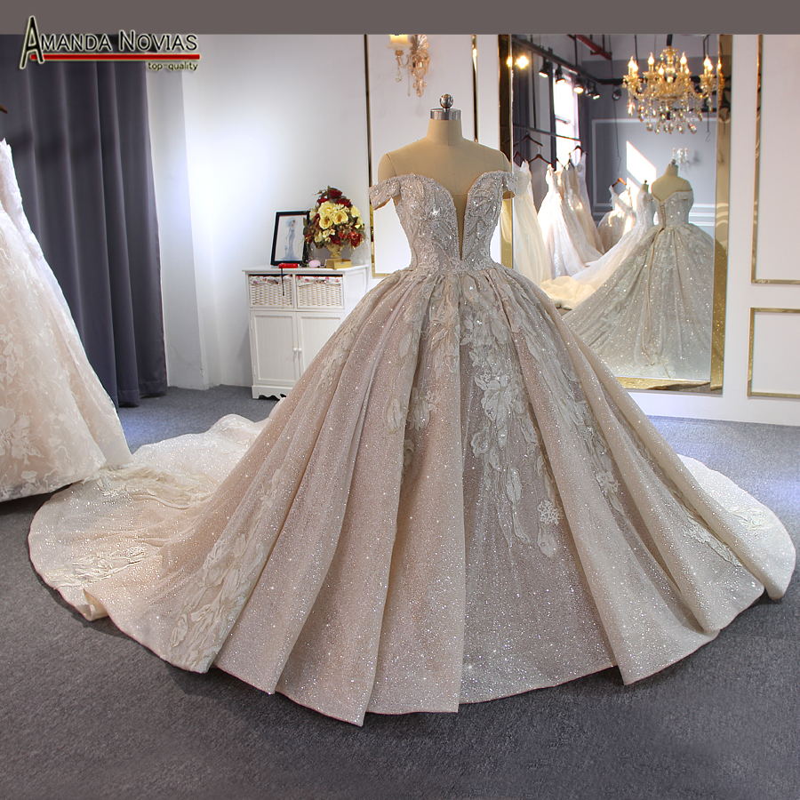 Luxury beading wedding dress Off Shoulder Long Train 2019 New bridal dress novias-in Wedding Dresses from Weddings & Events