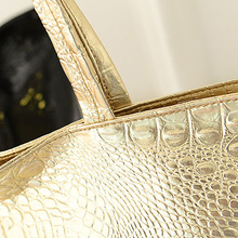 Chic Shiny Crocodile Skin Patterned Leather Shopping Tote