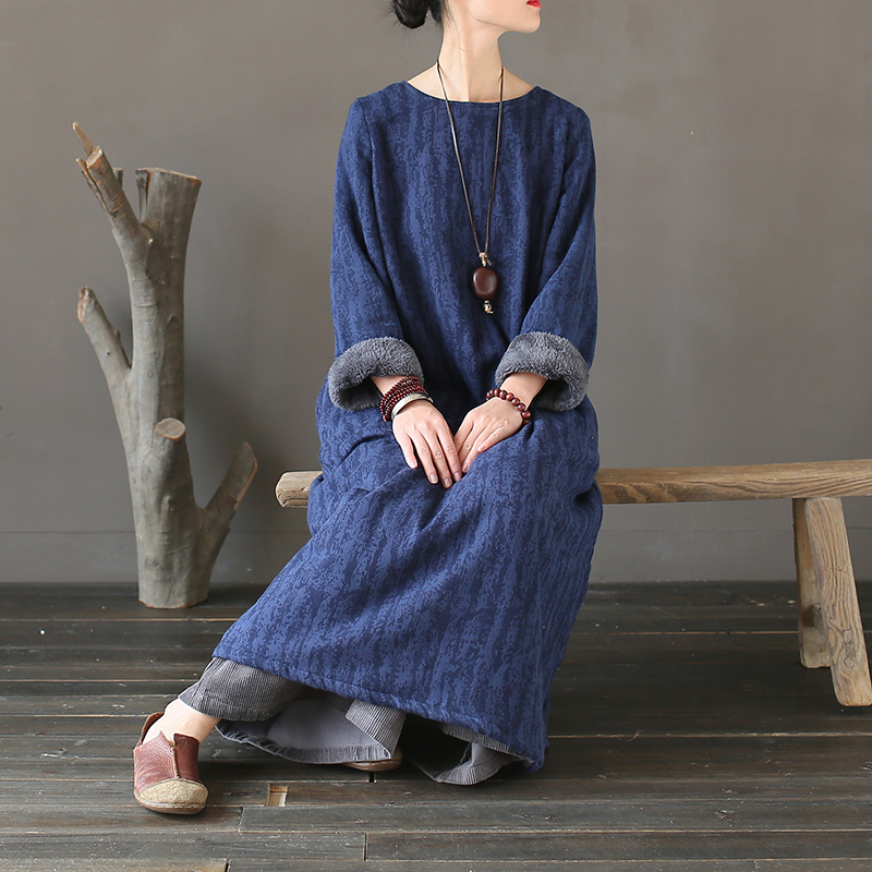 Women Winter Thick Fleece Warm Dress Loose Retro Vintage Jacquard Round Neck Solid Color Loose Dress