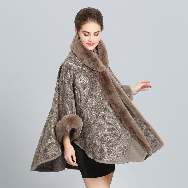 SWONCO Cape Coat Women Winter Jacket Cape With Fur Collar Long Warm Winter Cloak Ponchos And Capes Female Crochet Poncho Wool