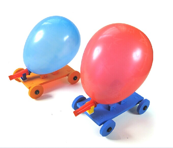 Balloon Car Small Production Technology Assembling Model