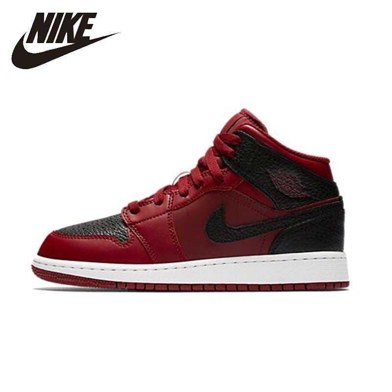 newest 1fd51 8109e NIKE AIR JORDAN 1 MID BG Original Womens Leisure Basketball Shoes Footwear  Super Light High Quality