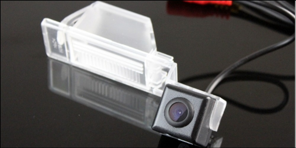 Car Camera For Nissan Almera  Genuine High Quality Rear View Back Up Camera For Friends Use  CCD + RCA Show 2