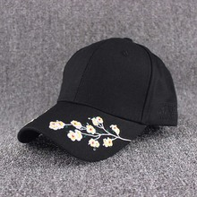 2019 hot sales fashion cap women black pink baseball cap women black flowers white caps embroidery flower недорго, оригинальная цена
