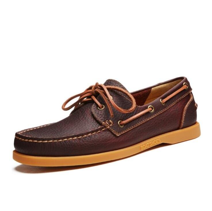 4b60f51c07 2017 homens genuínos barco sapatos de couro estilo britânico masculino  brogue plana sapato lazer moda artesanal sapato masculino em Calçados  Casuais Dos ...