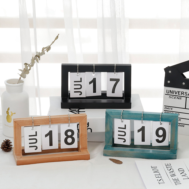 Small Table Calendar 10