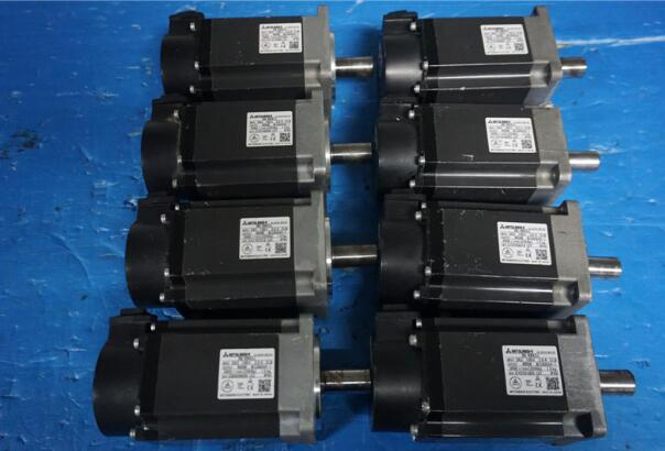 servo motor HG-KR43 ,  usde one , 90% appearance new   , 3 months warranty , fastly shipping