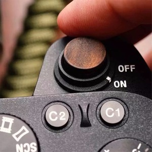 Image 2 - Мягкая деревянная кнопка спуска затвора с наклейкой для Sony A9 A7m3 A7RIII, деревянная кнопка спуска затвора с наклейкой для Sony A9 A7m3 A7RIII, ILCE 7RM3 A7R MKIII