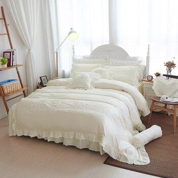 White cotton silk luxury royal bedding set king queen size European duvet cover bedlinen Fashion lace princess bed skirt set