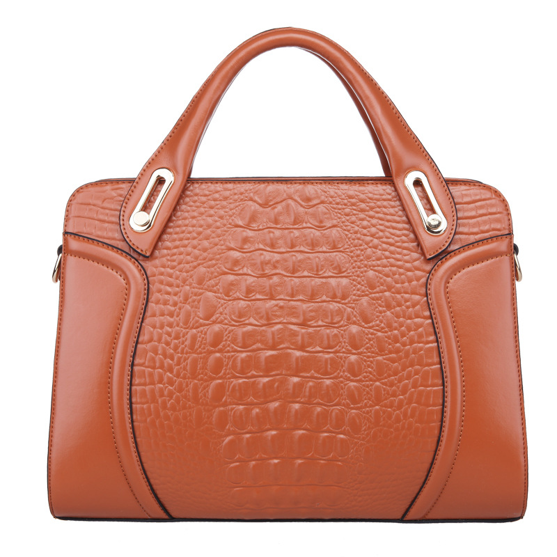 Europe fashion crocodile pattern 2017 new handbag shengdilu brand women genuine leather shoulder Messenger bag 8981