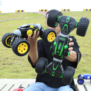 1:10 One-Button Deformation Car Four-Wheel Drive High-Speed Torsion Car 2.4G 4WD Electric flip RC Off-road Vehicle Climbing Car