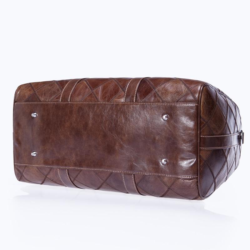 - 荷物とトラベルバッグ - 写真 4