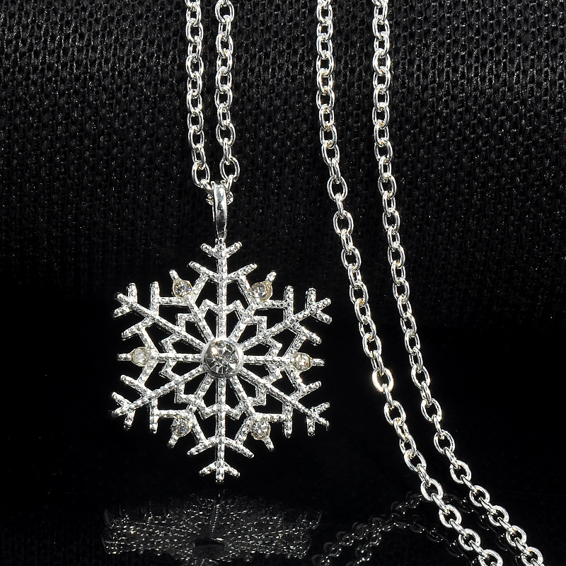 Vintage Shiny Silver Color Crystal Zircon Snowflake Flower Pendant Necklace For Women Sweater Chain Charm Jewelry Christmas Gift