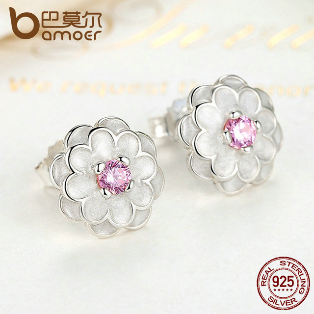 Sterling Silver White Flower Elegant Stud Earrings