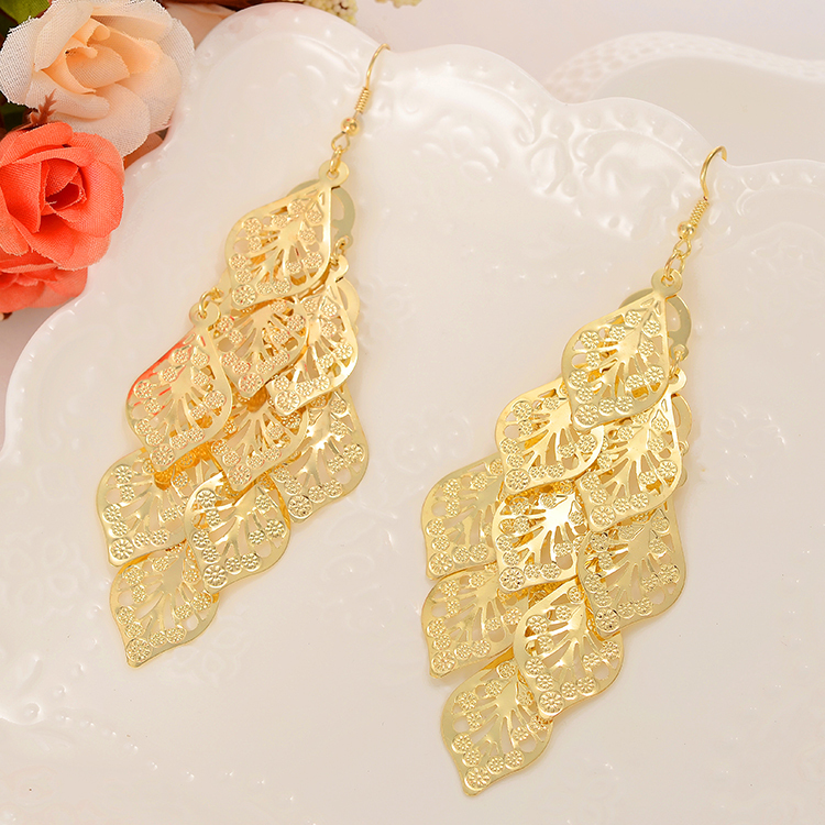 Vintage Design Drop Earring For Girl Beautiful Gold Color Leaves ...