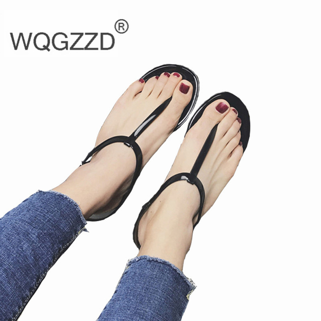 c6a159c6e 2018 New Europe Fashion Summer Simple Sandals lady T-shaped Flat Sandals  Toe Sandals Jelly Sandals Woman Beach Shoes