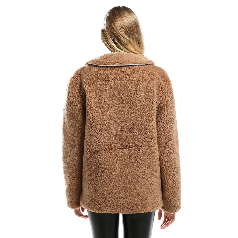 f031bfeea2632 Piel-sint-tica-f-brica-corderos-chaqueta-de-lana-mujeres -moda-manga-larga-Casual-felpa-abrigo.jpg