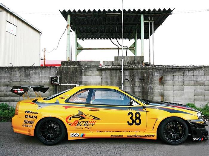 Skyline R34 Auto Select GT Spoiler 2