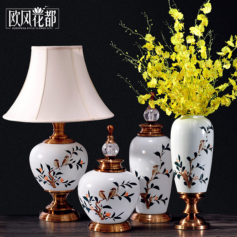 New classical ceramic ornaments European and American furniture showroom bedroom living room entrance soft decoration