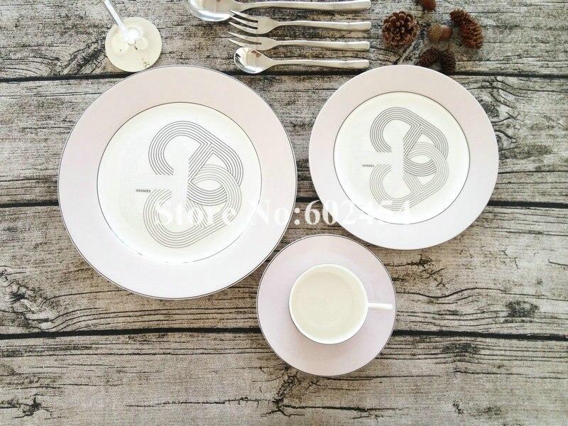Mode 10 pièces assiette en céramique avec tasse à thé avec ensemble de couverts pour cadeau viennent avec orange boîte