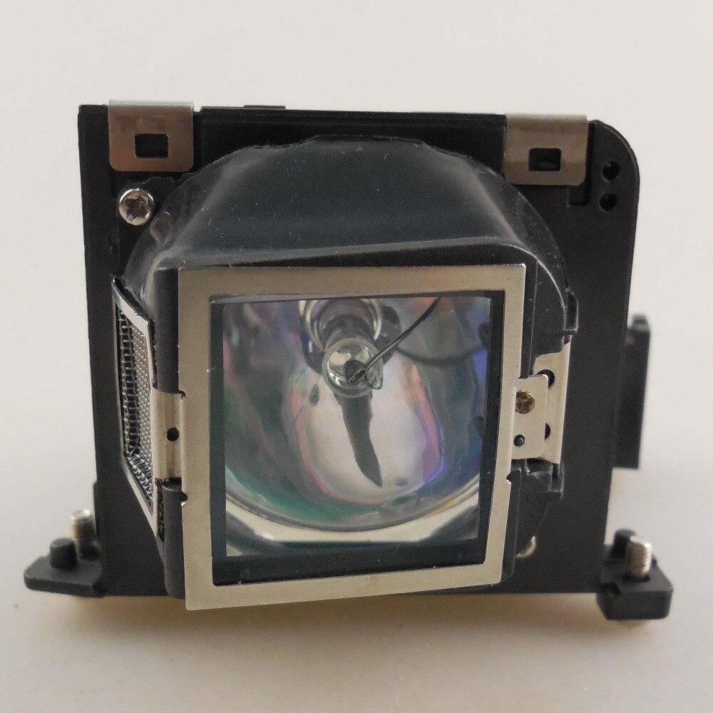 High quality Projector Lamp VLT-XD205LP for MITSUBISHI SD205R / SD205U / XD205R / XD205U with Japan phoenix original lamp burner replacement projector lamp vlt xd20lp for mitsubishi lvp x30u lvp xd20 lvp xd20a lvp xd20a mini mits projectors