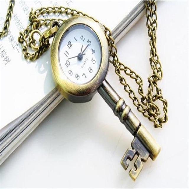 CLAUDIA Relojes mujer 2018 Newest Luxury brand Cute Lovely Vintage Key Design Bu