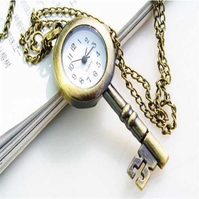CLAUDIA Relojes mujer 2018 Newest Luxury brand Cute Lovely Vintage Key Design Buckle necklace Gift Pocket Watch Relogio feminino