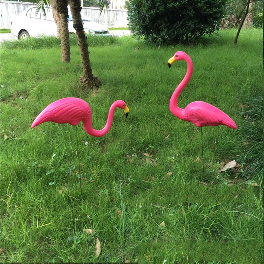 Flamingo garden ornament - Pink Flamingo Garden
