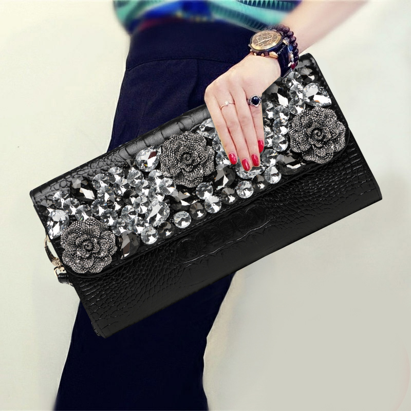 2017 New Womens Banquet Diamond Clutch Bag Ladies Purse Shoulder Bag Handbag Famous Brand Genuine Leather Serpentine Long Wallet vintage serpentine genuine leather woman clutches evening bag crossbody chain shoulder bag handbag clutch wallet lady long purse