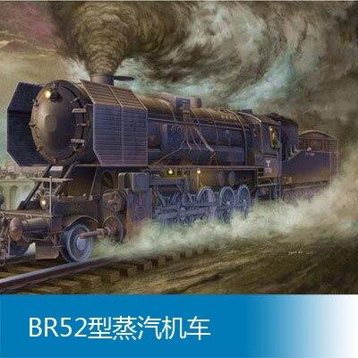 Assembly model Trumpet 1/35 BR52 steam locomotive Toys цена