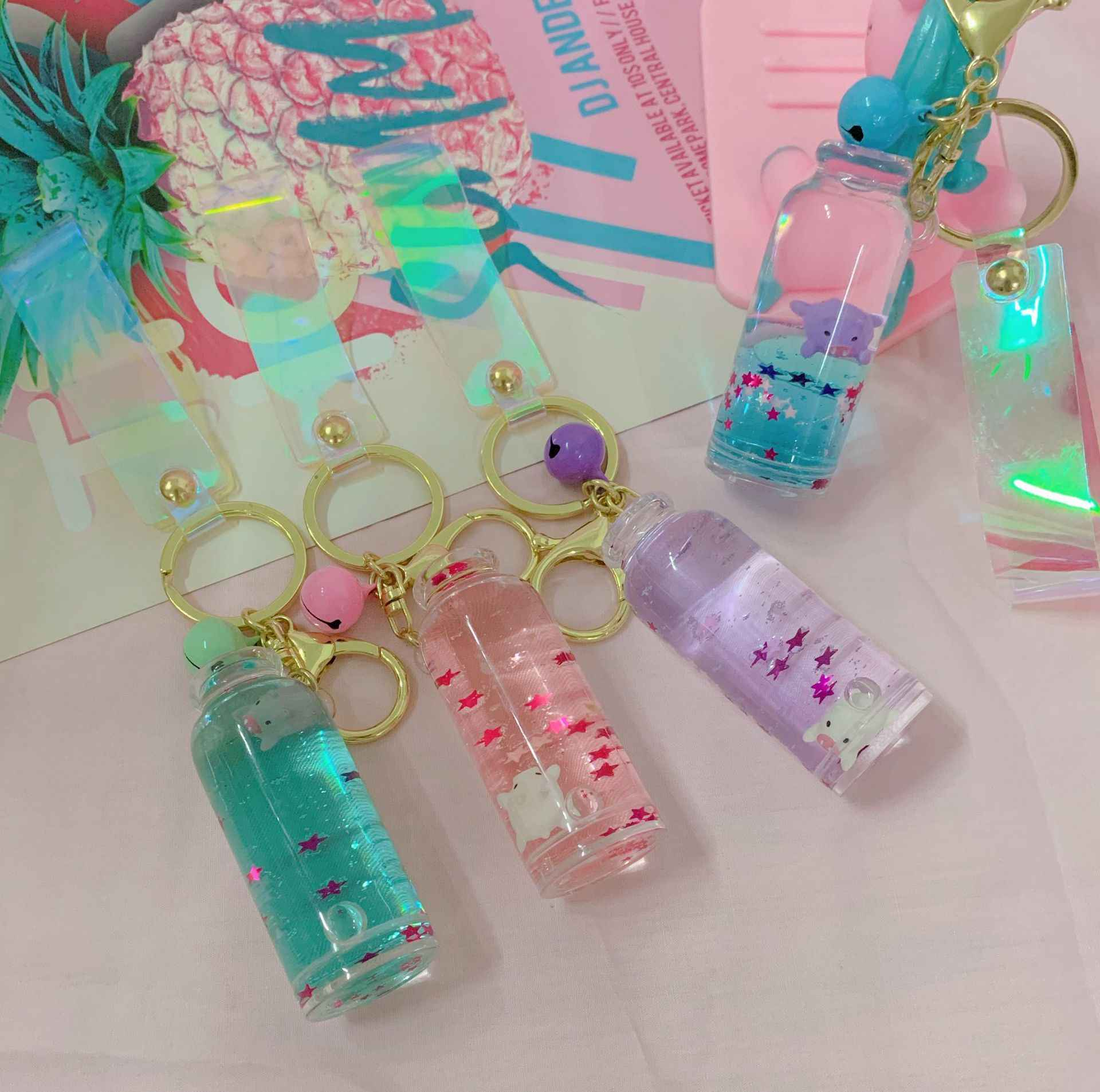 Upgrade Macarons Creative cute pig sequins acrylic Keychain Moving Liquid oil Drop decompression drift bottle Jewelry Best Gift