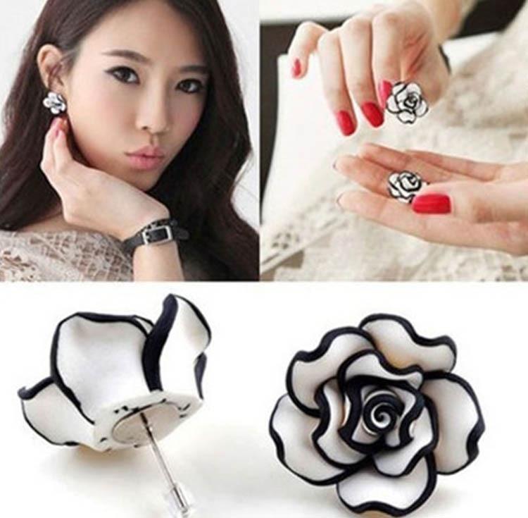 Black White Resin Rose...
