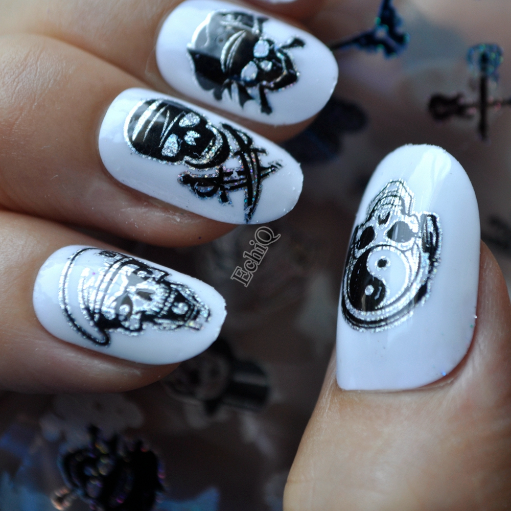 Halloween Design Zombie Pirates Skull Bone Nail Art