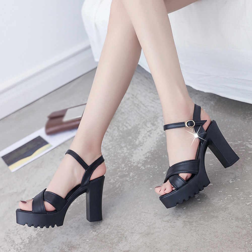 2018 sıcak en kaliteli sandalet kadın balık ağzı platformu yüksek topuklu kama sandalet toka eğim sandalet sandalet siyah/beyaz 8.85