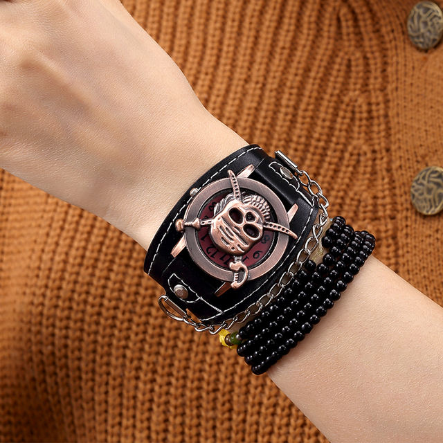PIRATE SKULL LEATHER WRISTWATCHES (2 VARIAN)