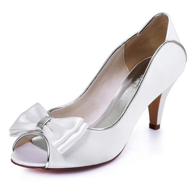 Shoes Woman Bride HP1606 Ivory Peep Toe Bridal Party Prom Pumps Low Heels  Satin Lace Bow Women Wedding Shoes 4793151990d4