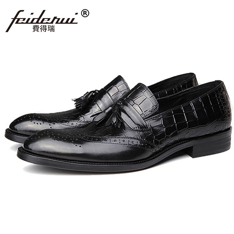 Vintage Wing Tip Tassels Man Carved Brogue Shoes Genuine Leather Formal Dress Oxfords Round Toe Slip on Bridal Men's Flats GD41 ruimosi high quality wing tip man dress