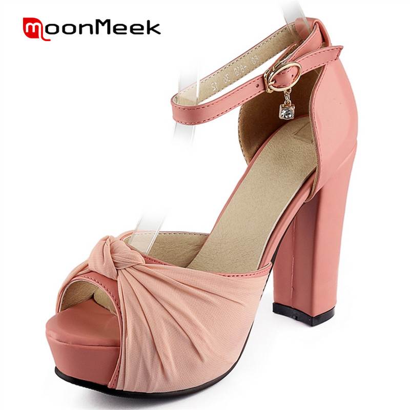 ФОТО MoonMeek 2017 Sandals hot sale platform shoes summer women buckle big size 34-43 high heels shoes open-toed solid elegant