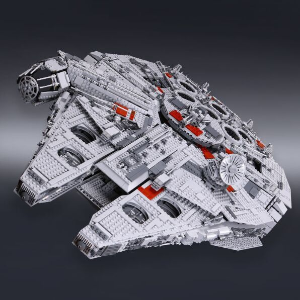 IN STOCK 05033 5265Pcs Ultimate Collector's Millennium Falcon Model Building Kit Blocks Bricks Toy Compatible 10179 new 5265pcs star wars ultimate collector s millennium falcon model building kits blocks bricks kids toys compatible with 10179