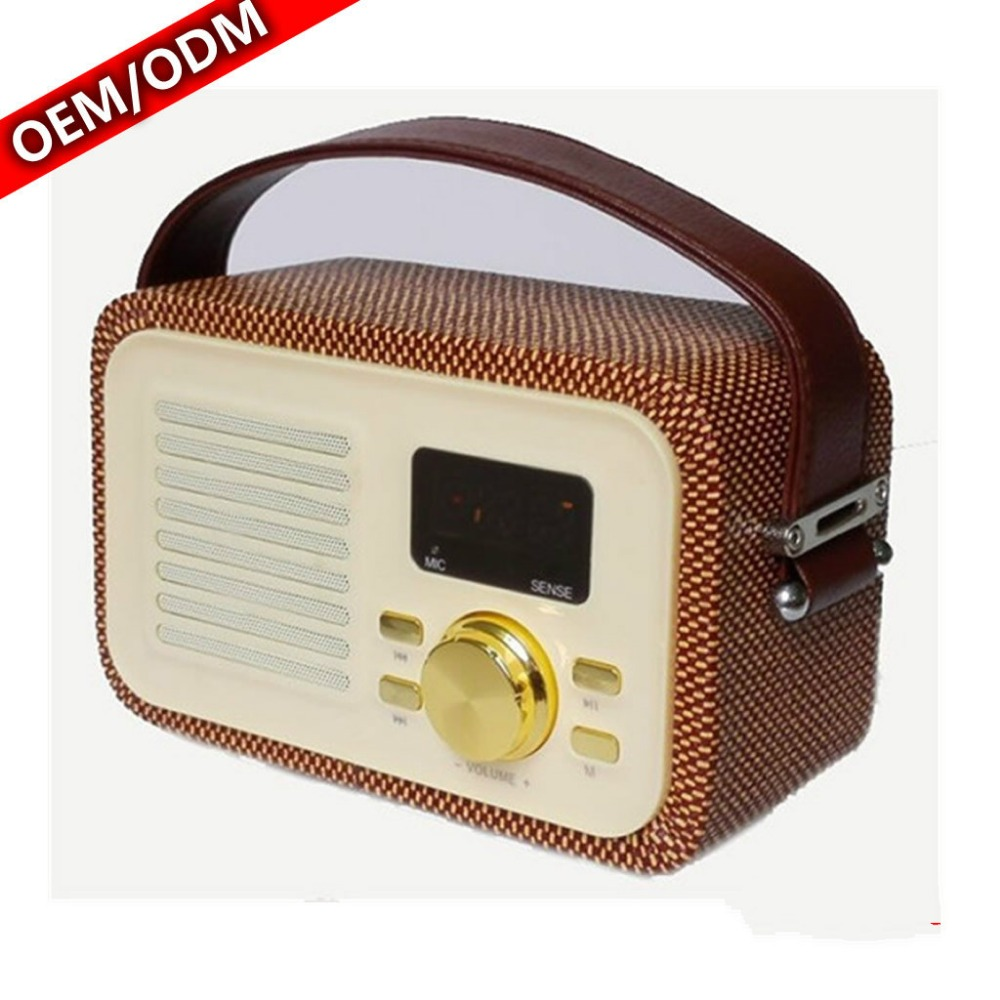 Portable Radio Case together with Retro Radios Usa moreover Enclosed Soft Leather Carry Case in addition Product besides Product. on leather portable radios