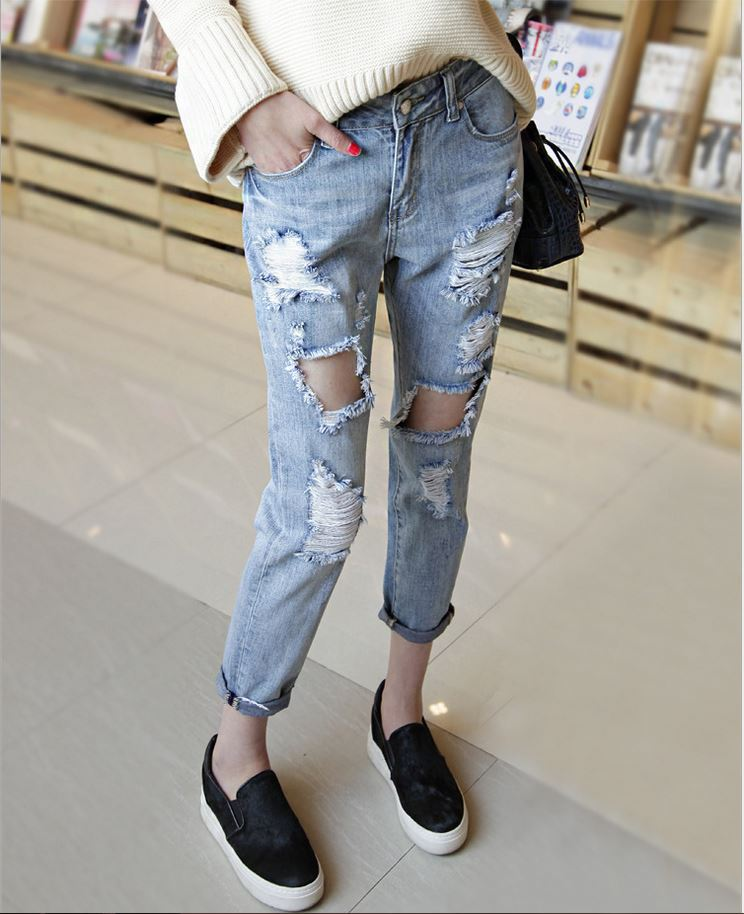 Europe and America denim loose knee nine large hole light color ...