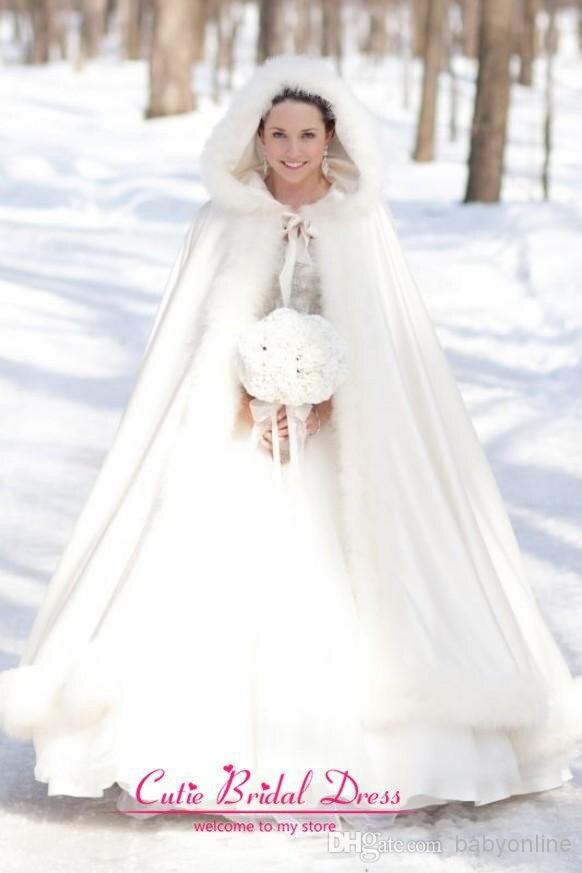 3a60f9ed6f2 Hiver De Mariée Cape Blanc Manteau En Fausse Fourrure De Mariage Blanc  Parfait Pour L hiver Long Wraps Veste dans De Mariage Vestes Wrap de  Mariages et ...