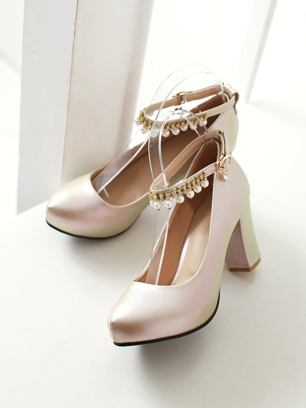 2017 Chunky High Heeled Pink Bridal Wedding Shoes Beaded White Female Buckle Elegant Pumps Silver Gold42