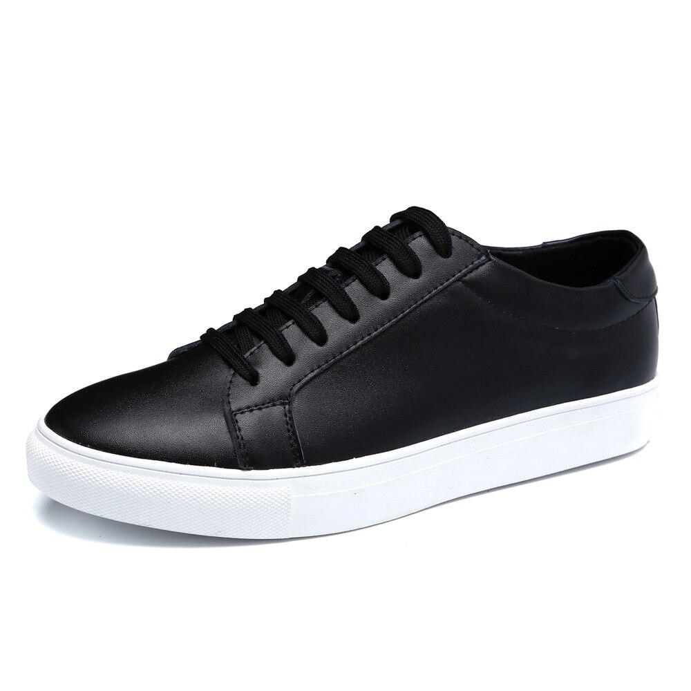 ac306bedc8ed Chaussures de skateboard Printemps été Respirant Hommes Chaussures En Cuir  Cravate Avant Blanc Chaussures Plates Tendance En Cuir Corée Arder  Chaussures ...